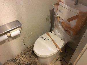 厚木店舗「やまと」 トイレ設置工事 ① Before