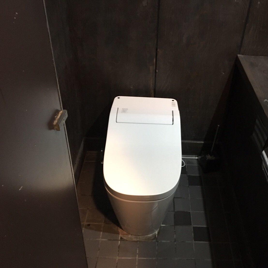 厚木店舗「やまと」 トイレ設置工事 ③